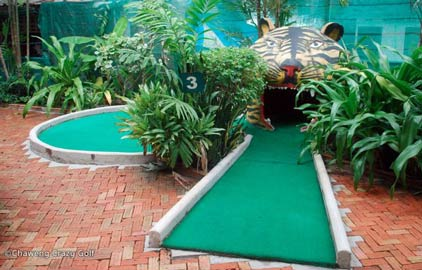 crazy golf koh samui