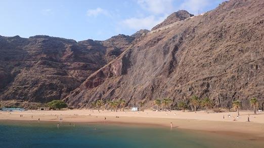La plage de Las Teresitas tenerife