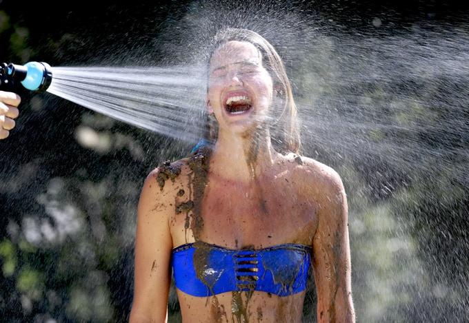 J'ai testé la meilleure douche portable RinseKit [Voici Avis et Test]
